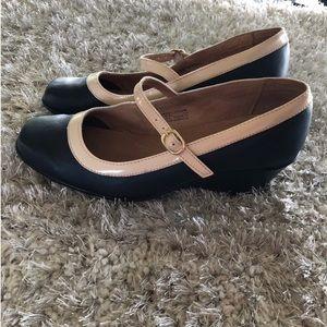 Gabriella Rocha Wedge Strap Shoes Size 10